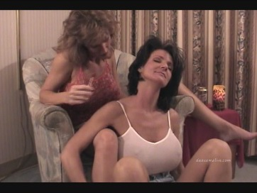 Deauxma and Allure Hot Lesbian Sex and HUGE TITS!!