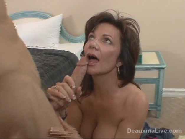 Hot Milf Seduces Her Sons Friend